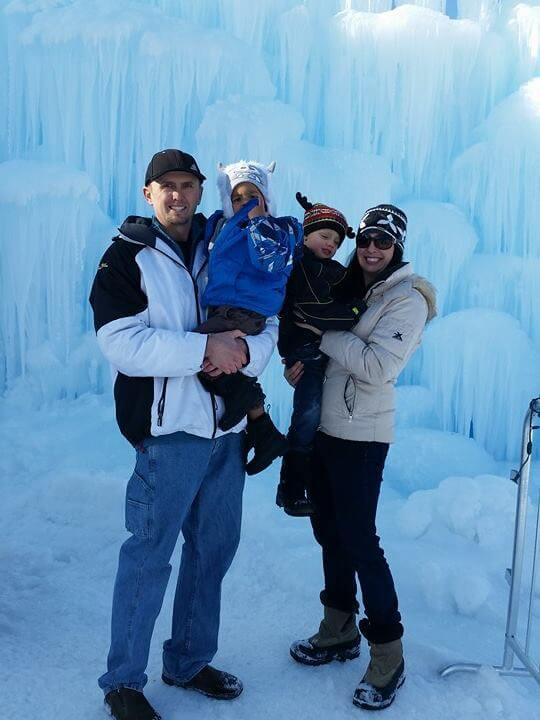 lake geneva ice castles 2020