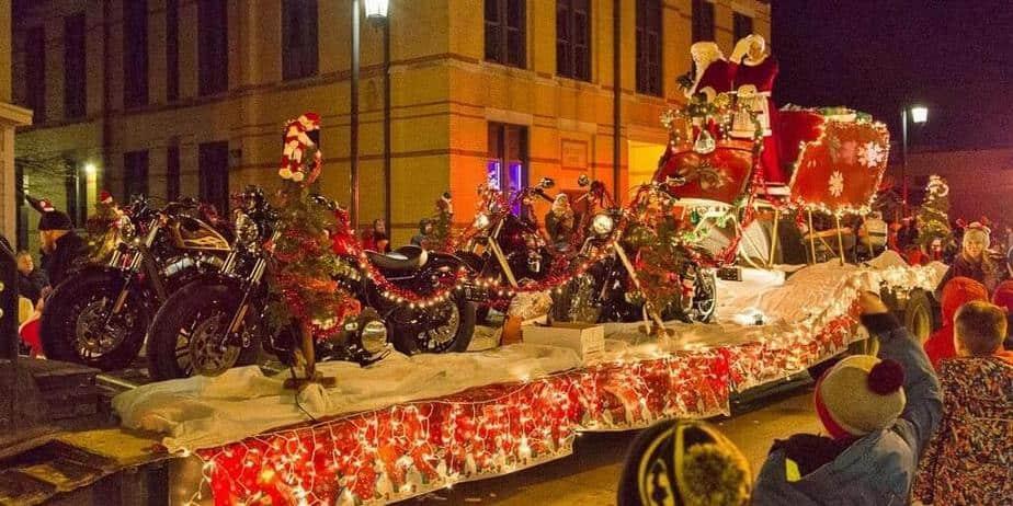 Oconomowoc Christmas Parade