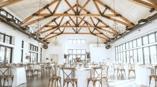 venue guide club at lac la belle featured image