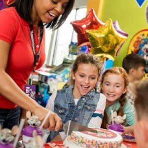 Chuck E Cheese Birthday Party Brookfield
